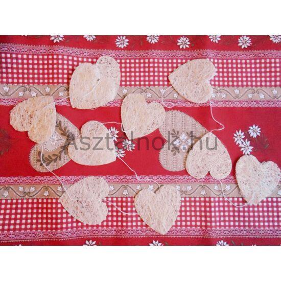 Szív girland asztali dekoráció